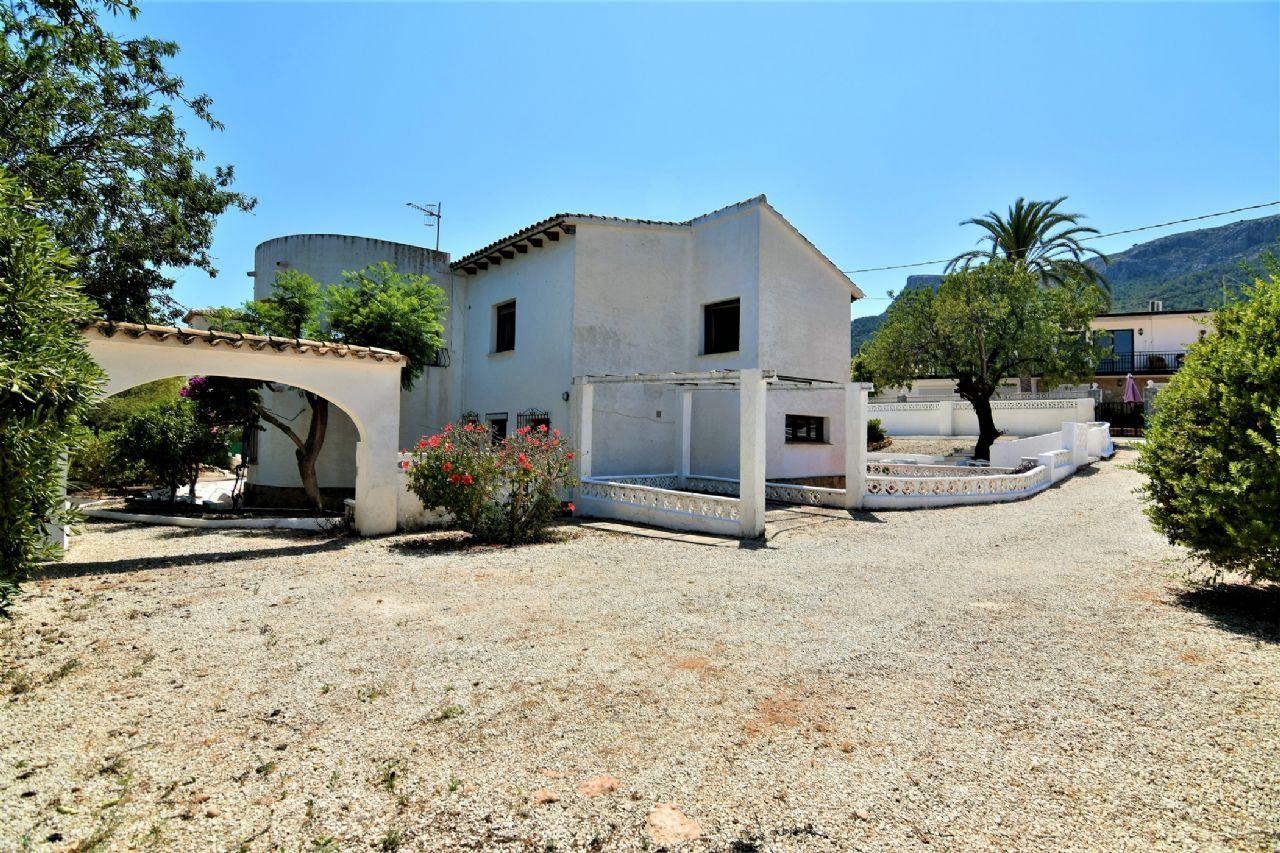 Villa in Calp / Calpe, Benicolada, for sale