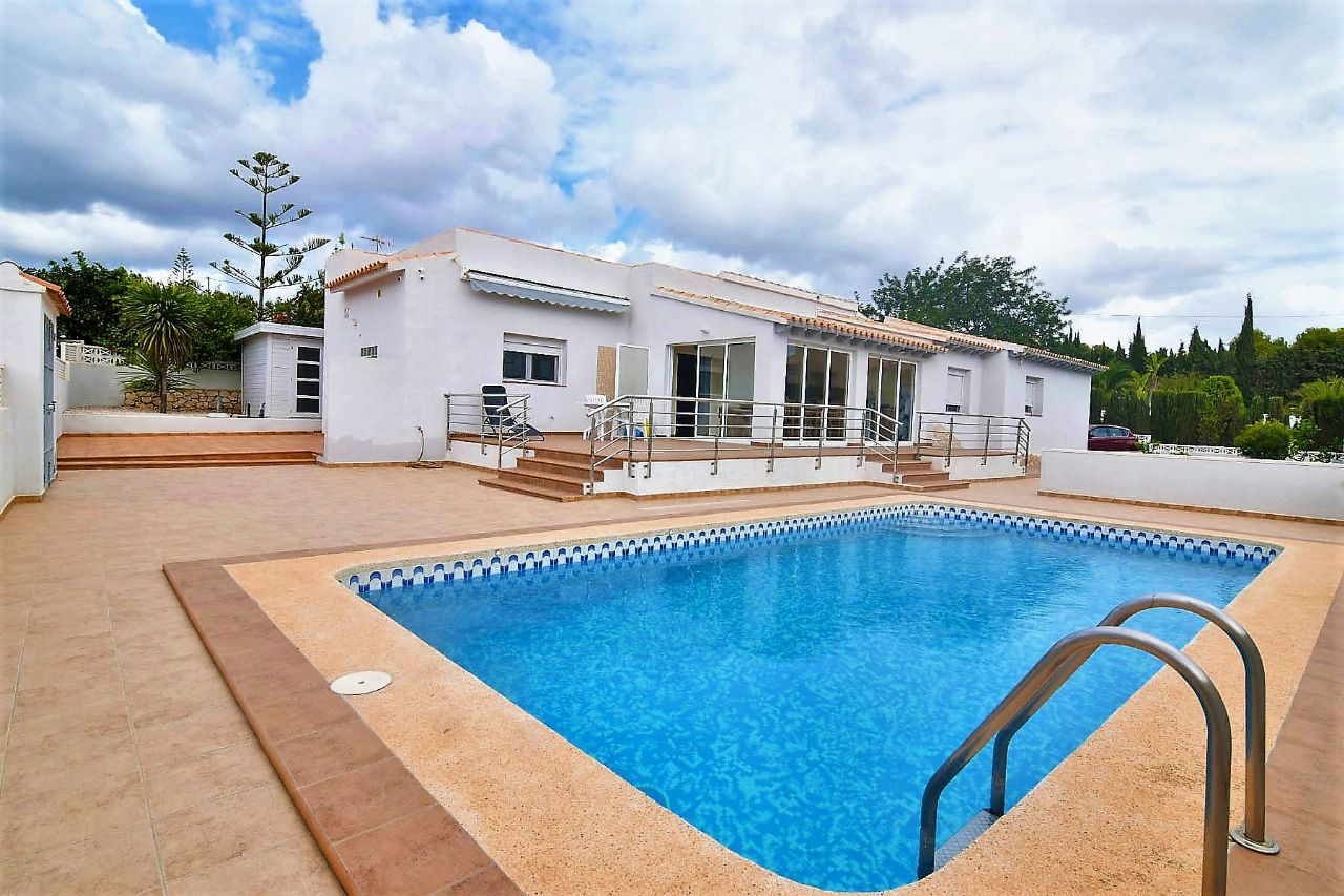 Villa in Calp / Calpe, Enchinent, for sale
