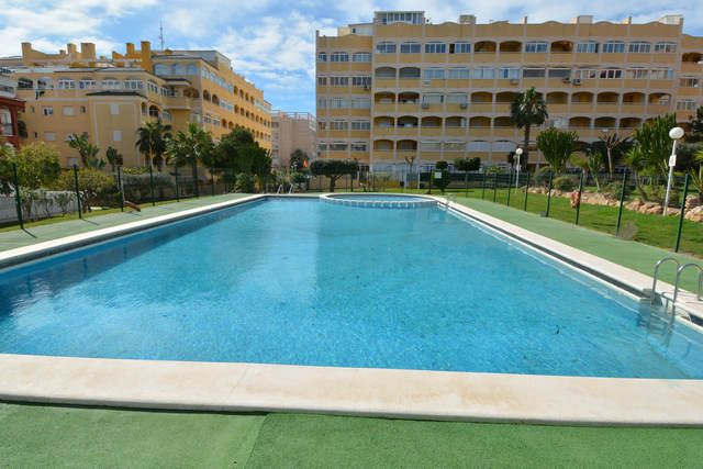 Apartment in Torrevieja, for sale
