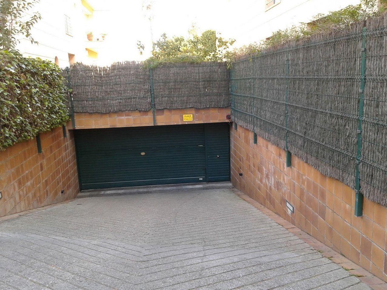 Garatge / Pàrquing a Sant Cugat del Vallès, Centre - Estació, en lloguer