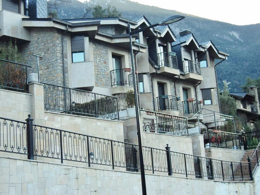 Terraced House in Andorra la Vella, La Comella, for sale