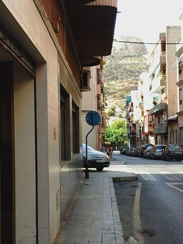 Local comercial en Alicante, alquiler