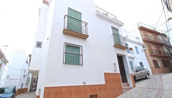 Casa de pueblo en Itrabo de 3 habitaciones