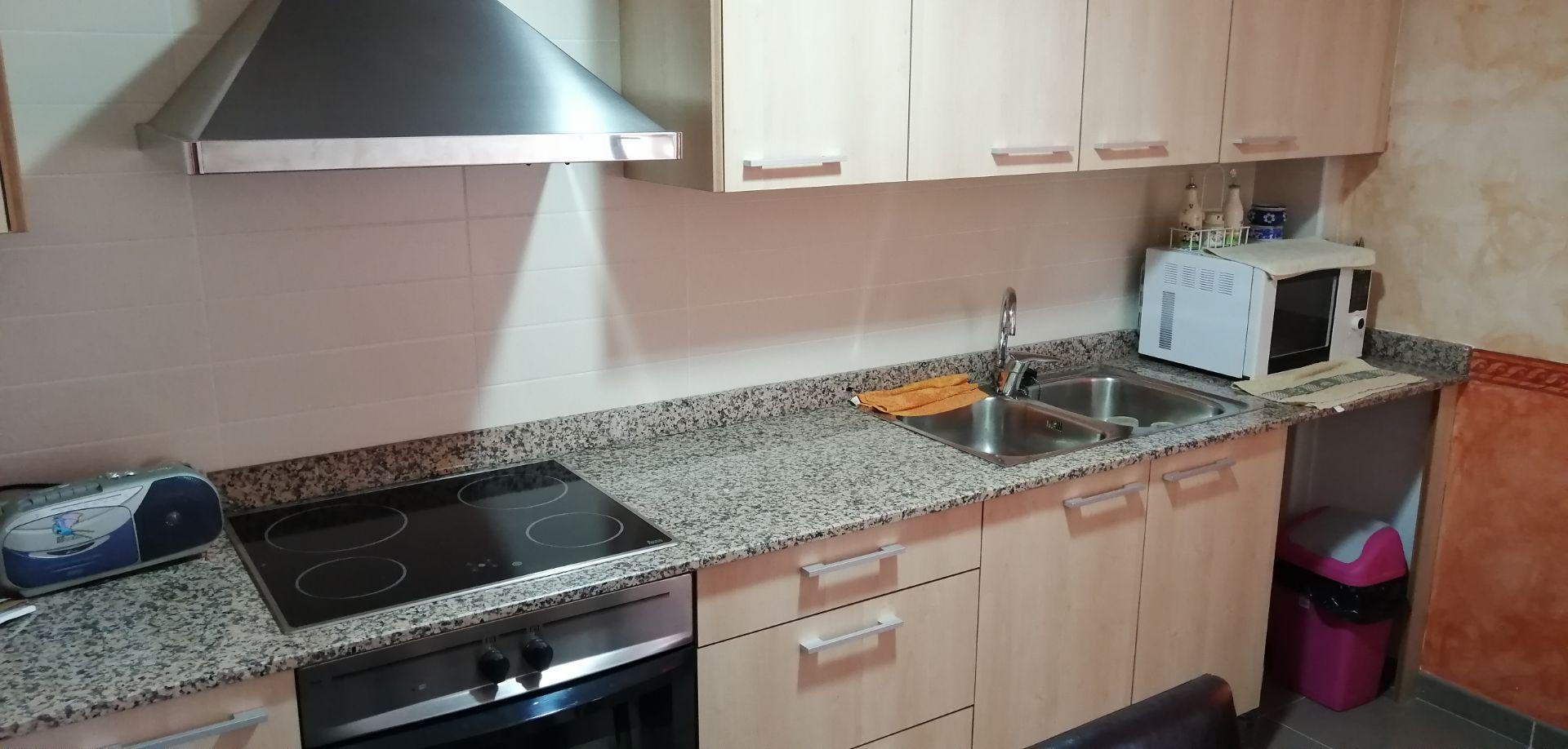 Apartamento en Sant Jaume d'Enveja, alquiler