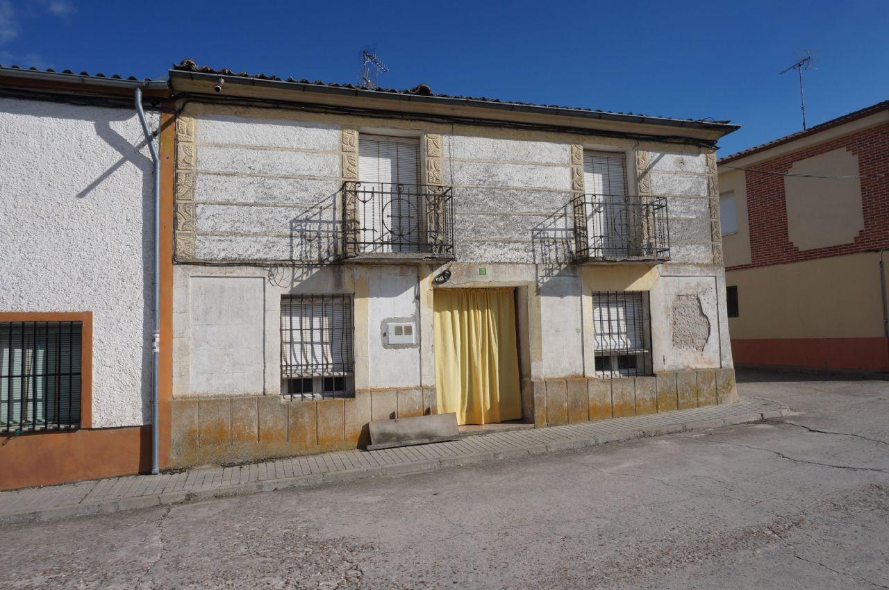 Casa / Chalet en Alcazarén, ALCAZAREN, venta