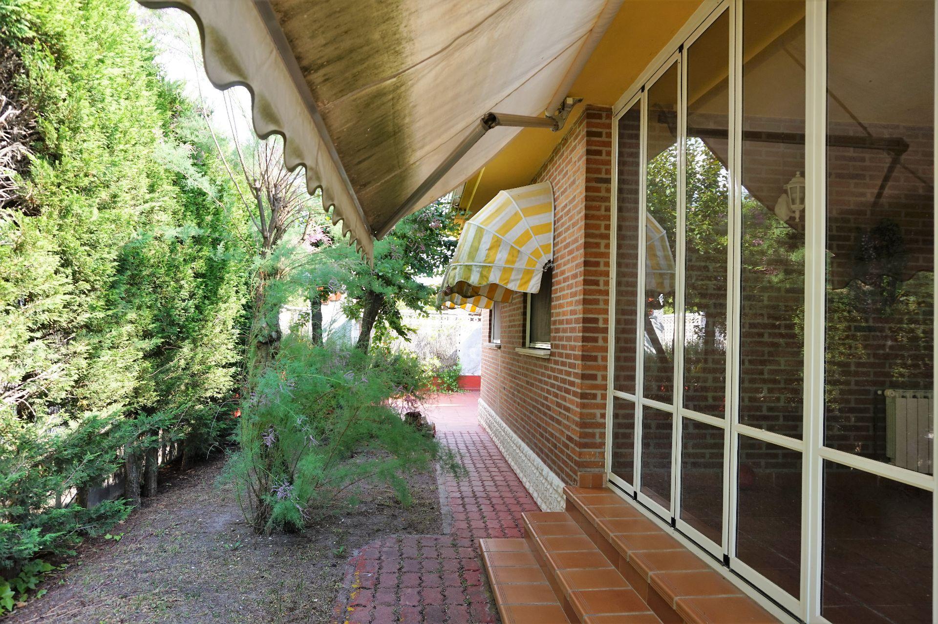 Casa / Chalet en Viana de Cega, venta