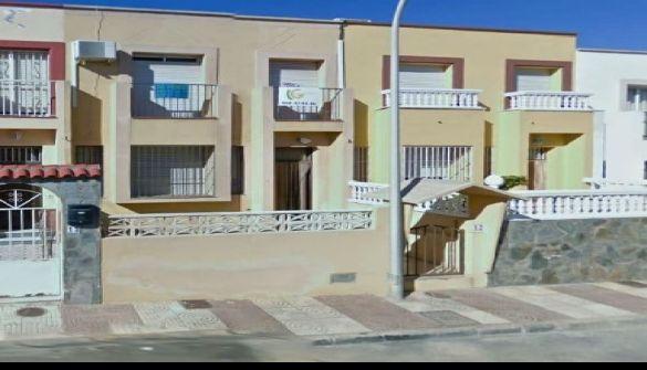 Dúplex en Roquetas De Mar de 4 habitaciones