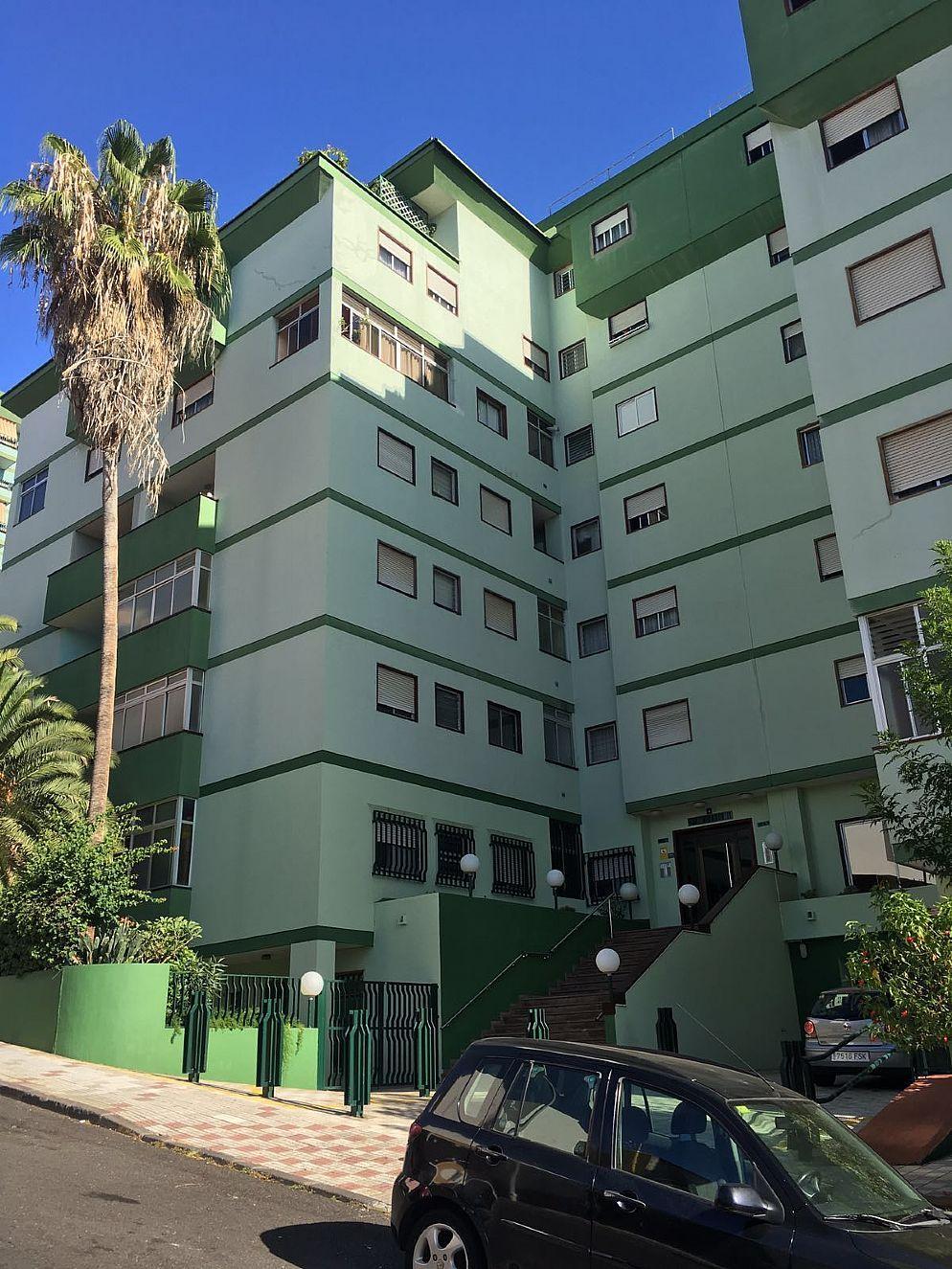 Commercial property in Santa Cruz de Tenerife, Cruz del Señor, for sale