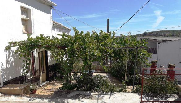 Chalet en Alcalá La Real de 4 habitaciones