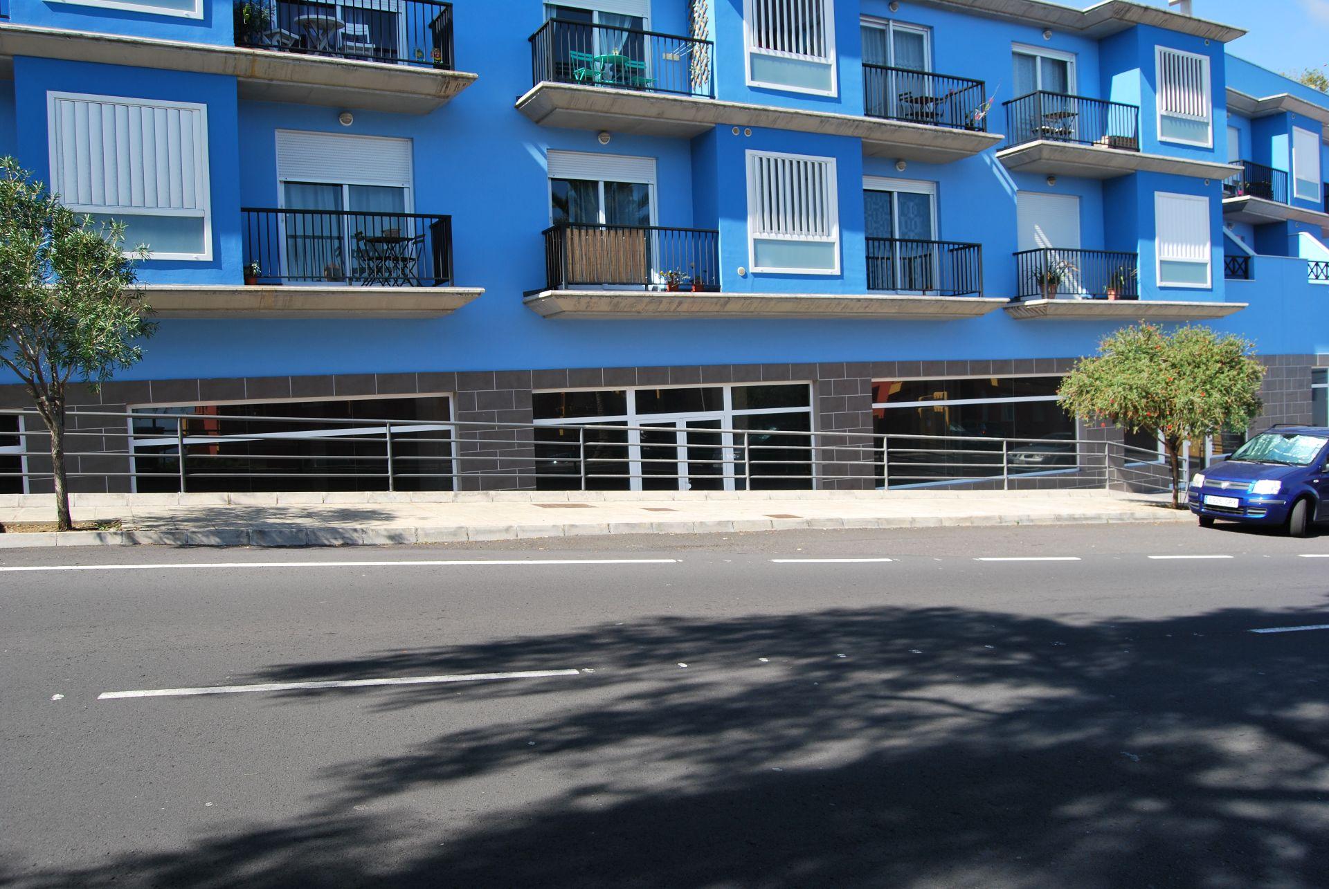 Local comercial en Breña Baja, venta