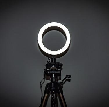 Comment choisir sa ring light pour des vidéos parfaitement éclairées ?Ring light