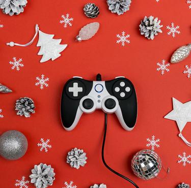 Les meilleures idées cadeaux jeux vidéo pour Noëlmanette de console