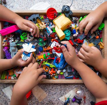 Idées cadeaux pour les petits garçons de 4 à 7 anscadeaux jouets jeux enfant