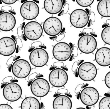 Radio-réveil : quels sont les critères à prendre en compte pour bien le choisir ?radio réveil alarme