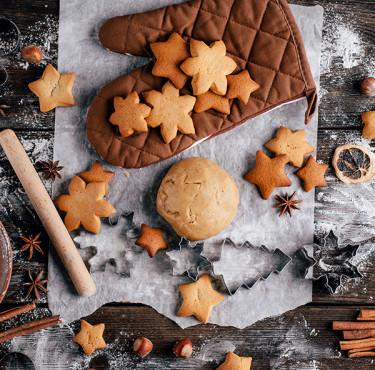 Des ustensiles de cuisine essentiels pour préparer le repas de NoëlUstensiles cuisine Noël