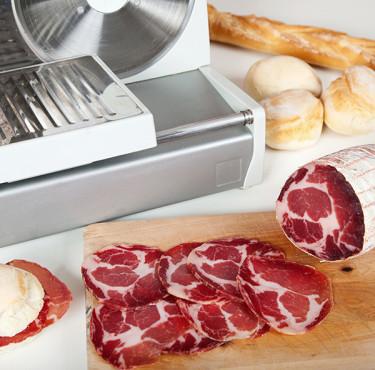 Comment choisir sa trancheuse domestique ?trancheuse viande