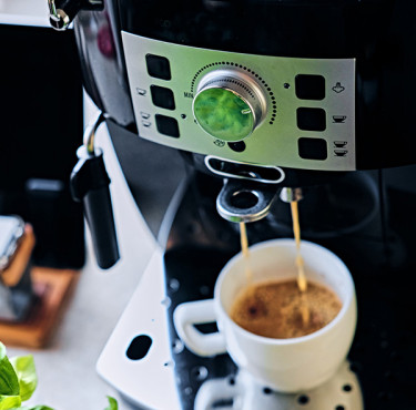 Quelle cafetière filtre programmable pour des matins rayonnants?Quelle cafetière filtre programmable