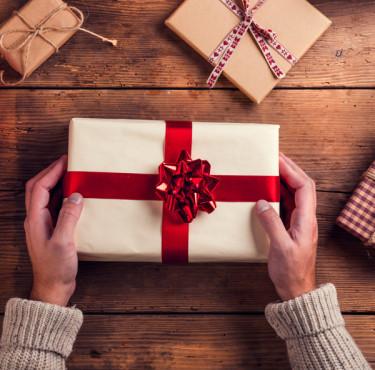 Les idées cadeaux de Noël pour faire plaisir à son copaincadeaux noël copain