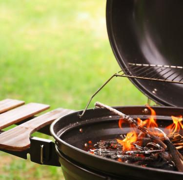 Comment bien choisir son barbecue au charbon de bois ?Barbecue charbon de bois
