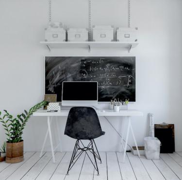 Les indispensables pour être installé correctement à son bureaubureau avec étagère murale