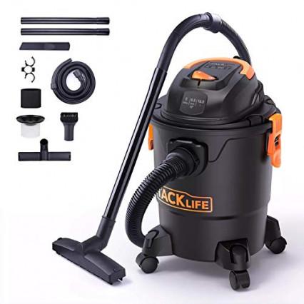 Un aspirateur eau et poussière