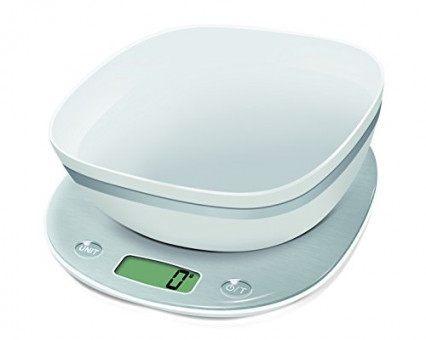 Une balance électronique avec récipient de pesée