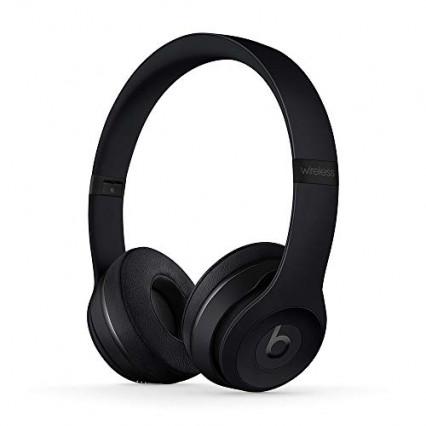 Un casque pour écouter de la musique