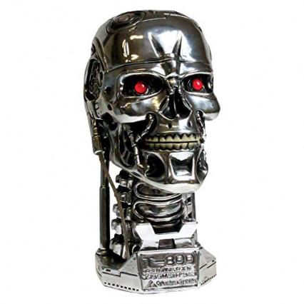 Un buste du T-800 qui peut faire office de boîte