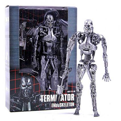 L'endosquelette de Terminator, pour jouer à la poupée robot