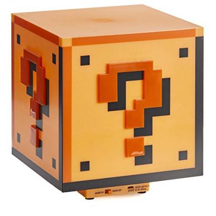 Une lampe bloc Super Mario Bros