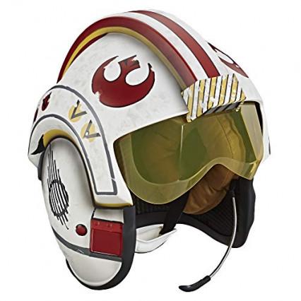 Une réplique taille réelle du casque de Luke Skywalker dans l'escadron Rogue