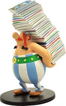 La figurine d'Obélix transportant tous les albums de BD par Plastoy