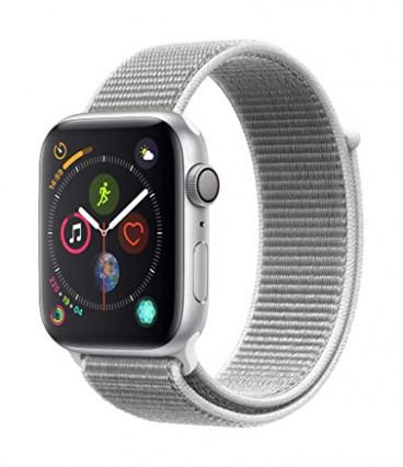 Apple Watch Series 4 avec bracelet sport noir