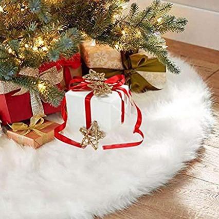 Une jupe pour le sapin de Noël