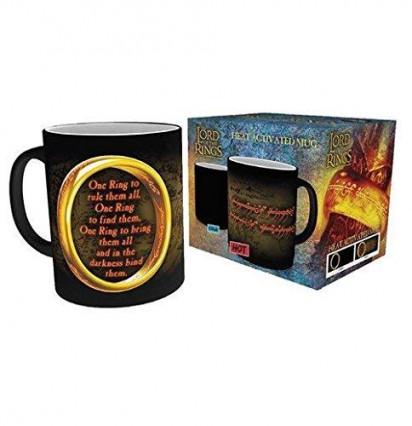 Un mug thermoréactif avec l'Anneau unique