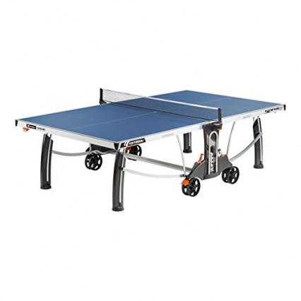 Une table de ping-pong Cornilleau