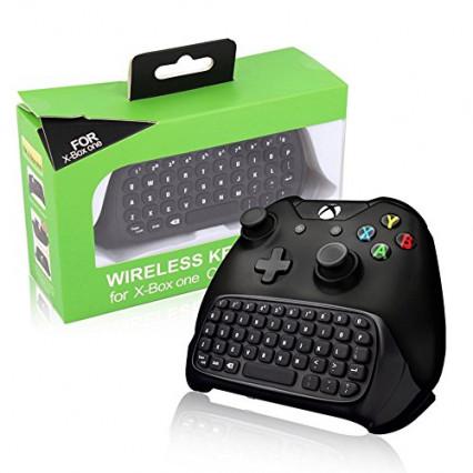 Un clavier à clipser sous la manette Xbox One