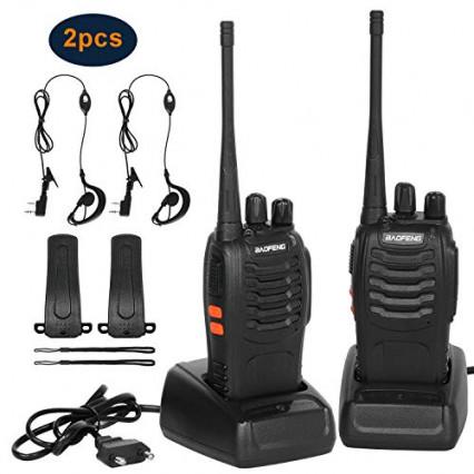 Un duo de talkie-walkies Baofeng