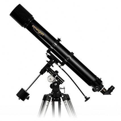 Un télescope pour observer les astres par Omegon