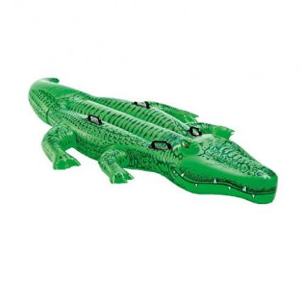 Un alligator gonflable, par Intex