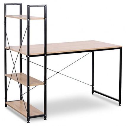 Le bureau avec étagères