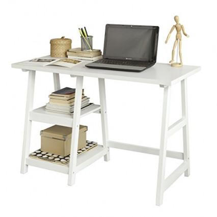 Le bureau blanc de style architecte