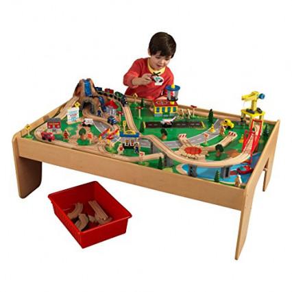 La table en bois qui fait circuit/chemin de fer par KidKraft