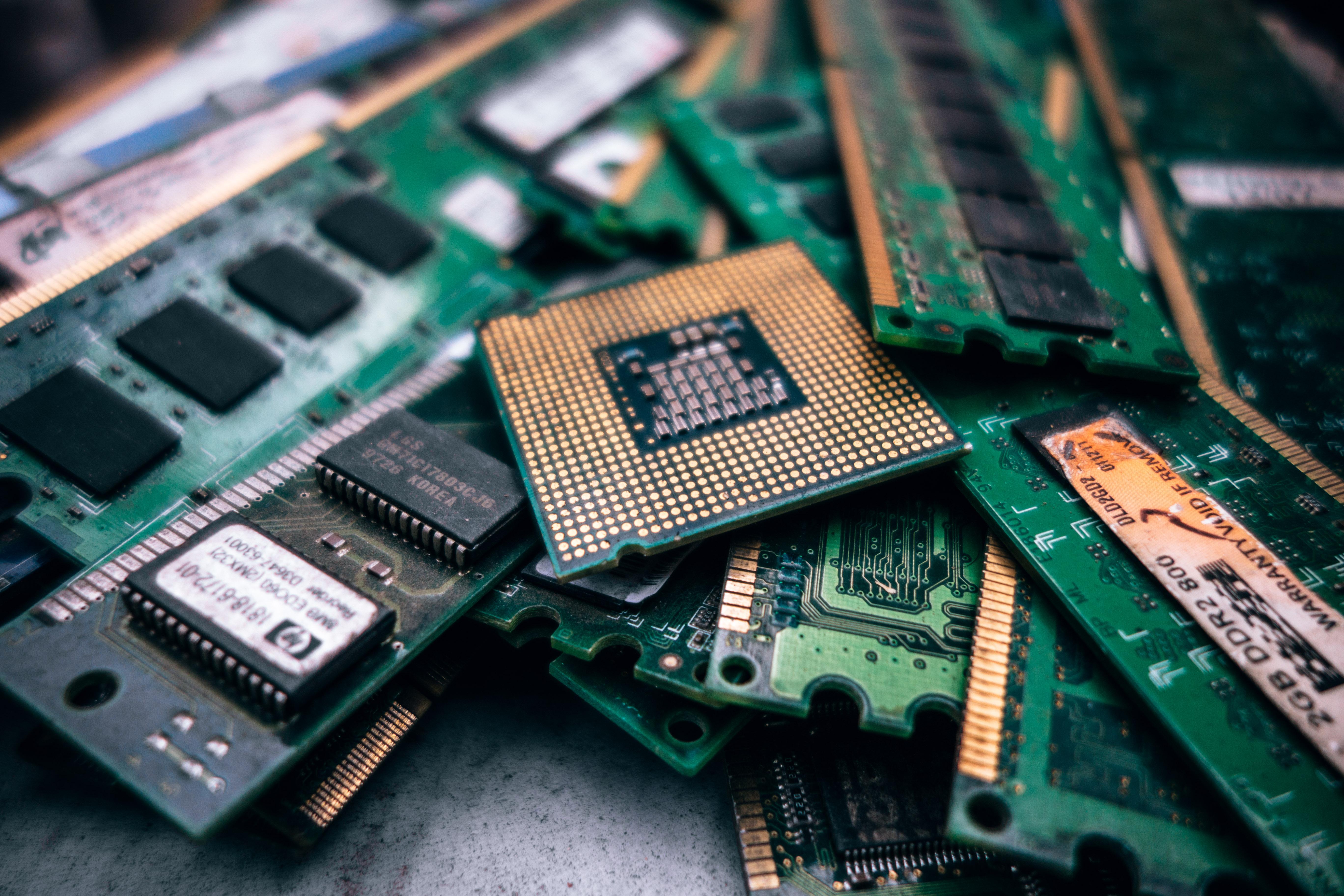 Por que as memórias RAM estão ficando cada vez mais caras?