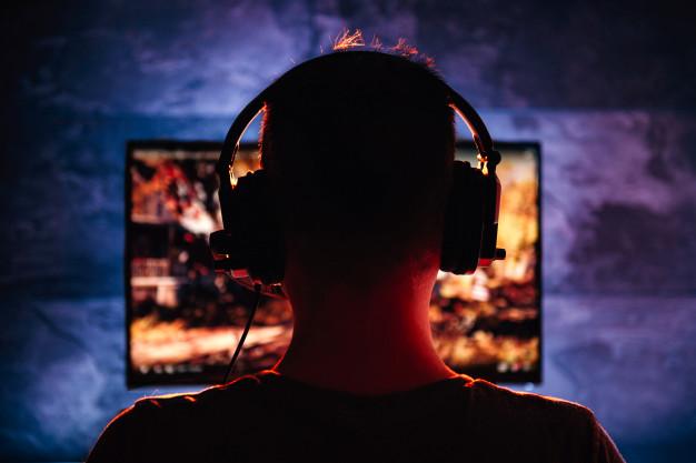 240Hz ou 144Hz: qual o melhor monitor?