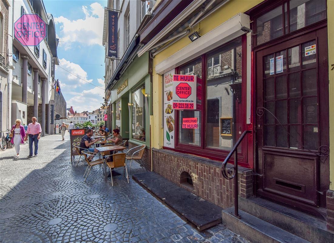 Commerciele winkel te 9000 Gent (België) - Prijs € 1.800