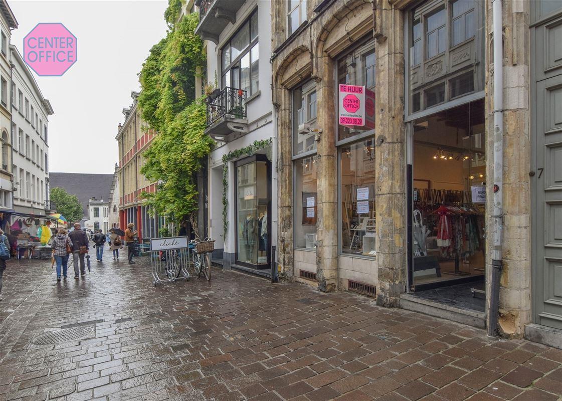Commerciele winkel te 9000 Gent (België) - Prijs € 2.850