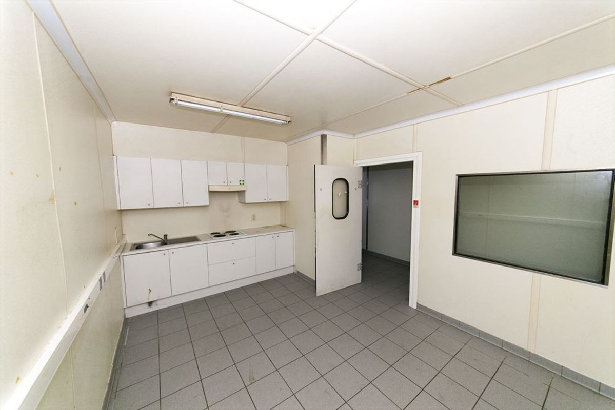 Foto 8 : Commercieel vastgoed te 8560 WEVELGEM (België) - Prijs € 185.000
