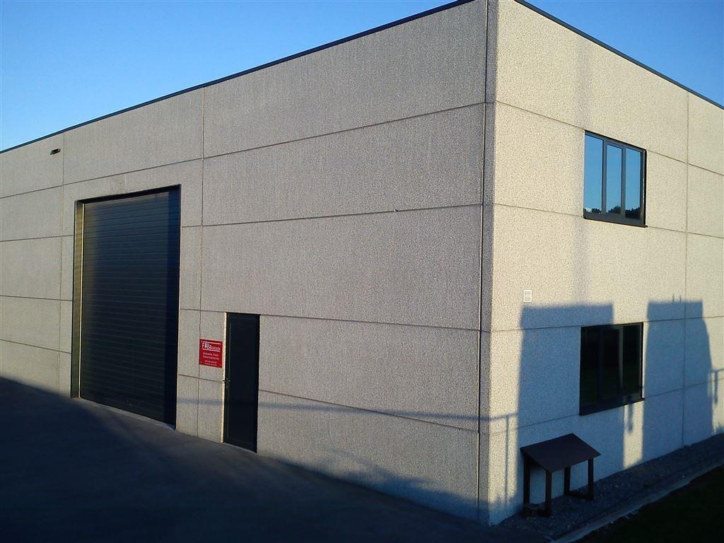 Foto 1 : Bedrijfsgebouwen te 9940 EVERGEM (België) - Prijs € 1.432