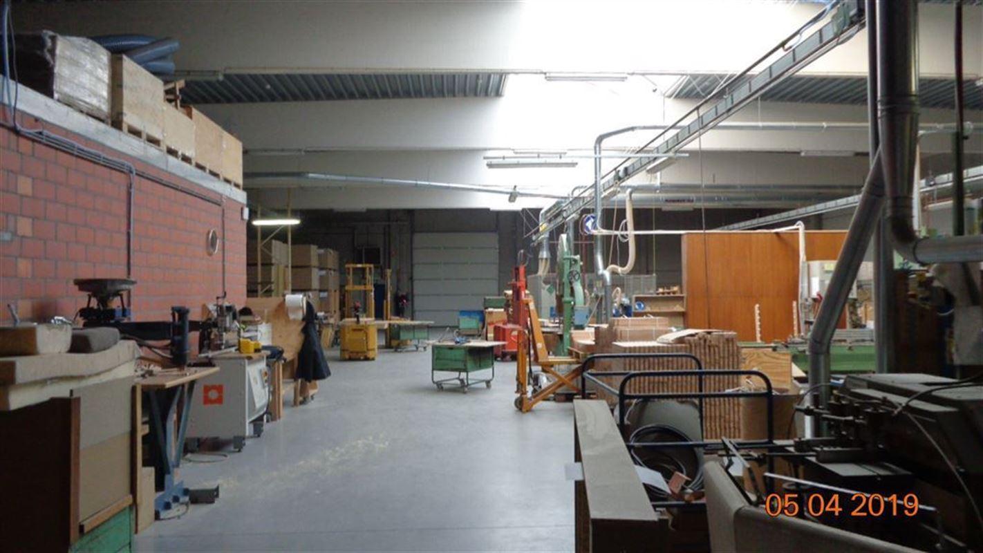 Foto 7 : Magazijn te 8930 MENEN (België) - Prijs € 2.000